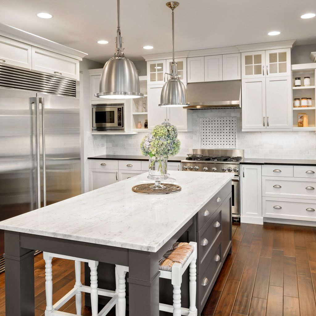 Choosing the Right Backsplash for Your Kitchen